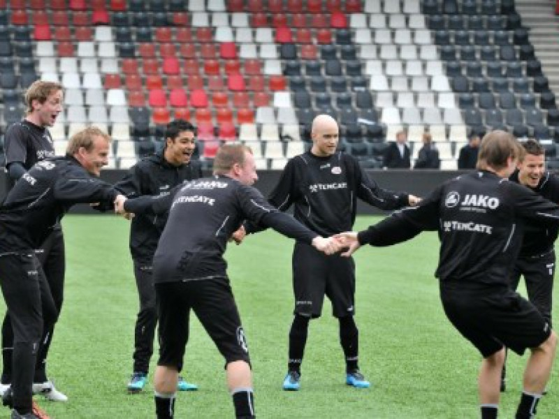 Max traint mee met Heracles
