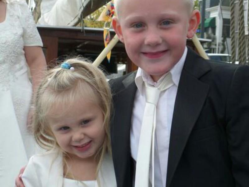 Youri's piratenhuwelijk met zusje Ilse