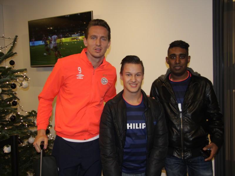 Daiman ontmoet zijn PSV-idolen