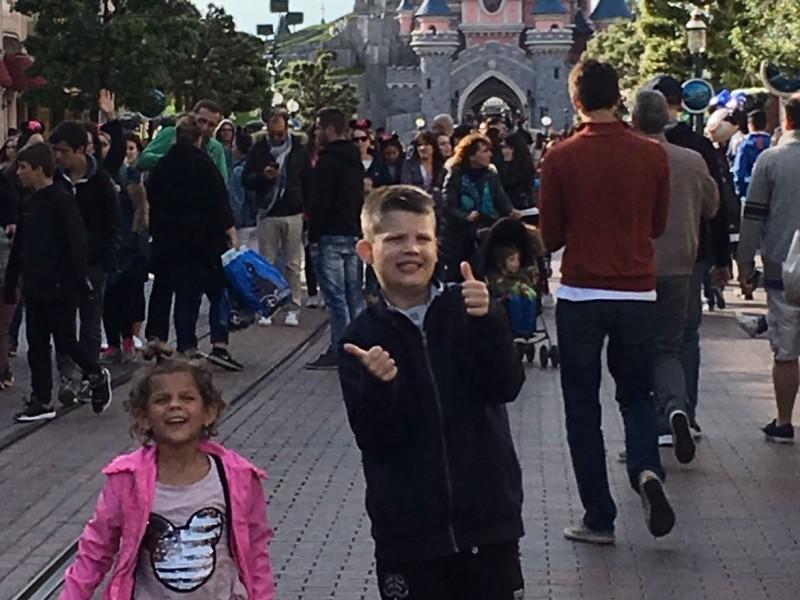 Soraya en Diangelo in Euro Disney