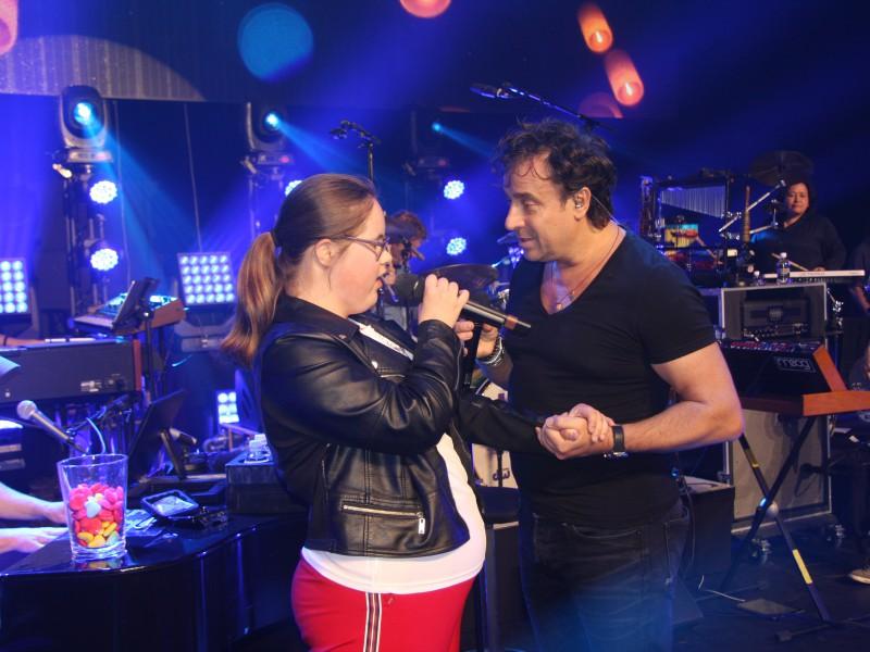 Nora zingt met Marco: wat mooi!