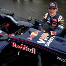 Meet and Greet met Max Verstappen voor 2 personen + een VIP-arrangement bij de Jumbo Racedagen